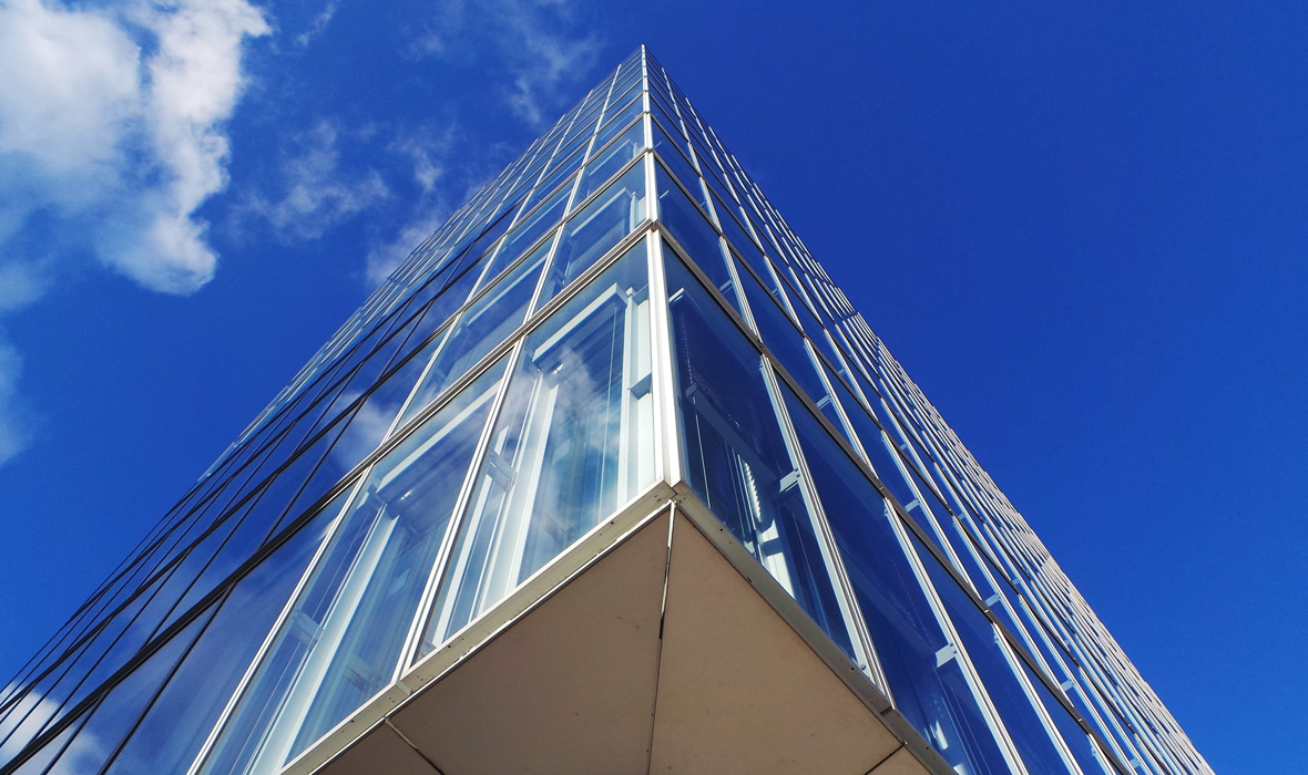 Building-Glass-Facade-Cleaning-Services